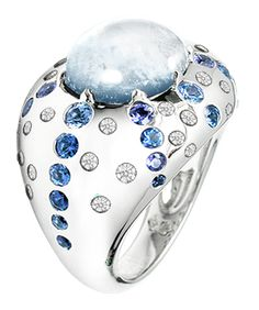 Circé ring White gold Diamonds Moonstones Sapphires, love the moonstone! Stone Jewelry, Jewelry Rings, Jewelry Accessories, Jewelry Design, Unique Jewelry, White Gold Rings, White Gold Diamonds, Colored Diamonds, Bling Bling