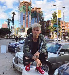 "163.9 mil Me gusta, 679 comentarios - Marcus Butler (@marcusbutler) en Instagram: ""rocking a new hair style 🙈"""