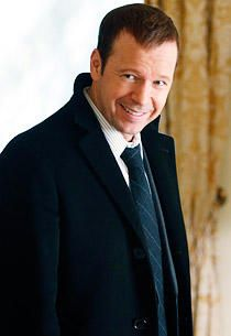 Great article in TV Guide: Blue Bloods' Donnie Wahlberg is Hangin' Tough Donnie Wahlberg, Donnie And Jenny, Blue Bloods Tv Show, Wahlberg Brothers, Dr Quinn, Boy Bands, R5 Band, Dancing With The Stars, Look At You