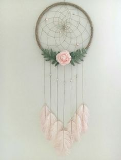 Beautiful And Stunning Dream Catcher Ideas - Diy projekte - diy-craft Dream Catcher Craft, Dream Catcher Mobile, Dream Catcher For Kids, Dream Catcher Nursery, Large Dream Catcher, Making Dream Catchers, Dream Catcher Boho, Diy And Crafts, Crafts For Kids