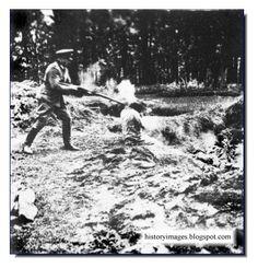 HISTORY IN IMAGES: Pictures Of War, History , WW2: EINSATZGRUPPEN