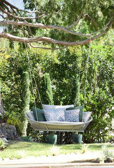Swing  Transitional  Entryway  Garden  Patio  Porch by Tidelli