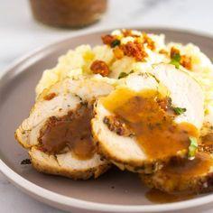 Nashi Food | Nadja | Recipes (@nashifood) • Instagram photos and videos Roast Pumpkin Soup, Baked Potato, Soup Recipes, Potatoes, Baking, Breakfast, Videos, Ethnic Recipes, Photos