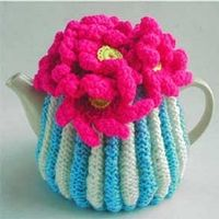 Anna Chandler Design Tea Cosy - absolutely LOVE this! So different and bright! Cozy Cover, Tea Cosies, Cozies, Tea Cozy, Cosy, Tea Party, Knit Crochet, Textiles, Stitch