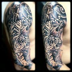 Japanese tiger tattoo … Up Tattoos, Future Tattoos, Black Tattoos, Body Art Tattoos, Tattoos For Guys, Tattos, Japanese Tiger Tattoo, Japanese Sleeve Tattoos, Tiger Tattoo Sleeve