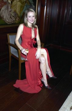 Sexy Outfits, Sexy Dresses, Fashion Dresses, Women's Fashion, Party Dresses, Nice Dresses, White Frock, Britain's Got Talent, Gowns