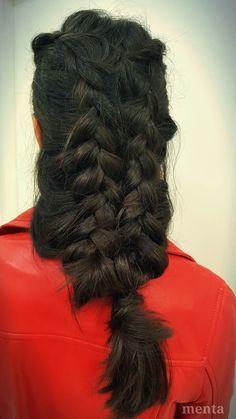 Clientas con mucho encanto en MENTA!!! siempre dejándose llevar por nuestras manos!!!! Preciosa trenza CRISTINA!!!!👍😘❤ Buenos lunes de otoño #unatrenzaparacadadia #hairinspo #hairstyle #streetstyle #glamteam #fashionblogger #blogger #instabraid