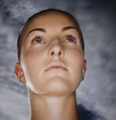 Woman's head looking up angle Face Reference, Photo Reference, Planes Of The Face, Face Angles, Face Structure, Female Head, Figure Poses, Gym Workout For Beginners, Face Expressions
