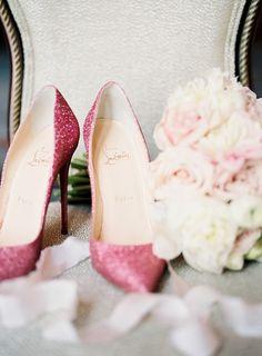 Christian Louboutin Pink Glitter Pointed Heels - Fabulous for a pink wedding theme Milan Fashion Weeks, New York Fashion, Teen Fashion, Fashion Shoes, Fashion Tips, Pink Fashion, Ladies Fashion, Luxury Fashion, Womens Fashion