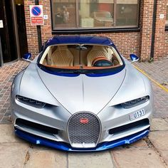 Strong Bugatti Chiron Spec spotted in London ? New Sports Cars, Sport Cars, Huayra, Bugatti Cars, Ferrari Car, Jaguar Xk, Best Luxury Cars, Bugatti Chiron, Automobile