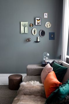 small art gallery wall on grey paint. / sfgirlbybay