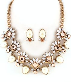 awesome NECKLACE AND EARRING SET