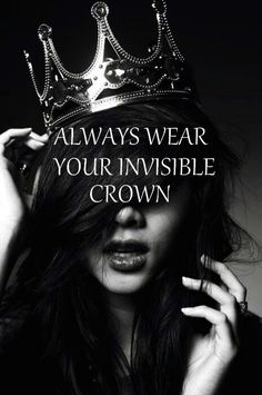 Every girl loves to feel like a total queen. These quotes about being a queen will get you feeling confident and beautiful. Find your favorite queen quotes here Red Queen, King Queen, Queen Crown, Queen Hair, My King, Film Noir Fotografie, Invisible Crown, Portraits, Foto Art