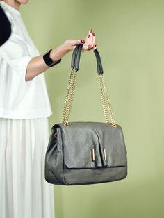 Sac COCCINELLE Lingerie, Shoulder Bag, Parfait, Womens Fashion, Shoes, Woman, Style, Ladybug, Fashion Styles