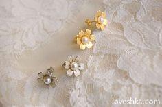 アクセサリー / イヤリング / flower / ホワイト / 結婚式 / wedding / オリジナルウェディング / プティラブーシュカ / トキメクウェディング