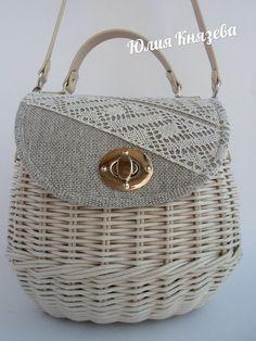Arts And Crafts Beads Sisal, Wooden Bag, Yarn Bag, Paper Weaving, Basket Bag, Knitted Bags, Basket Weaving, Bag Making, Purses And Handbags