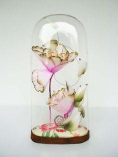 Lyndie Dourthe Works: Botanica