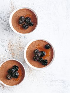 Try this lovely chocolate earl grey mousse for something different that is easy to make and so delicious! It's also full of the healthy stuff! Chocolate Tiramisu, Chocolate Mousse Recipe, Chocolate Recipes, Coffee Mousse, Caramel Mousse, Recipe Email, Raw Cacao Powder, Canned Coconut Milk, Mousse Cake