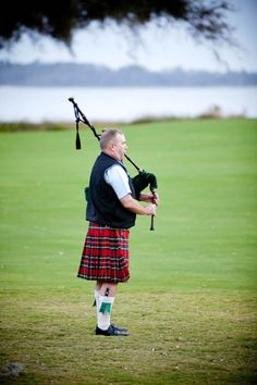 bagpiper   Photography by jennyevelyn.com