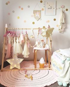 Trendy baby girl clothes organization dress up Ideas - Baby Baby Baby - Baby Clothes Baby Clothes Sizes, Trendy Baby Girl Clothes, Storing Baby Clothes, Organic Baby Clothes, Baby Bedroom, Baby Boy Rooms, Girls Bedroom, Kids Rooms, White Bedroom
