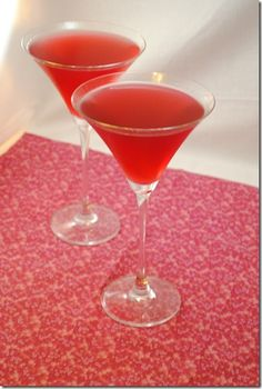 Martini Monday: Pom Martini « Leftovers For Lunch