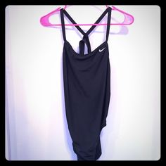 One piece Speedo swimsuit size 38. One piece Speedo swimsuit size 38. Fits like a Medium. Worn once. Still have receipt and tags (not attached). Speedo Swim One Pieces