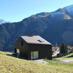 Holzkristal in the steep slopes of the Swiss Alps by Hurst Song Architekten.
