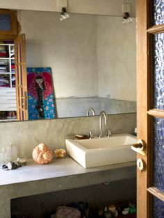 The Bright Bohemian Home of. Pato and Pablo in Buenos Aires This house is just awesome isn't it? Splish Splash, Beautiful Bathrooms, Sweet Home, Sink, House, Home Decor, Bohemian, Bright, Ph