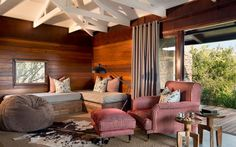 Kwandwe in the center of South Africa's malaria-free area near Grahamstown. The reserve is a member of the exclusive Relais & Chateaux portfolio. Private Games, Game Reserve, Outdoor Furniture Sets, Outdoor Decor, Contemporary Interior, Lodges, South Africa, House, Safari