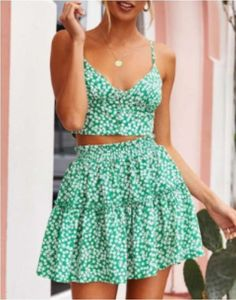 Looking for designer woman's fashion for cheap? Check out these 21 affordable online boutiques to update your wardrobe with high-end clothing on a budget. You'll be able to find woman's dresses, tops, bottoms, swimwear, jewelry and accessories and more at budget friendly prices. #fashion #boutique #womansclothes Modest Dresses, Sexy Dresses, Cute Dresses, Casual Dresses, Dresses For Work, Summer Dresses, Elegant Dresses, Formal Dresses, Wedding Dresses