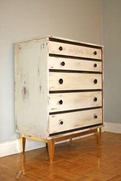 Toronto: • RUSTIC dresser with ELEGANT touch  $99 - http://furnishlyst.com/listings/114214