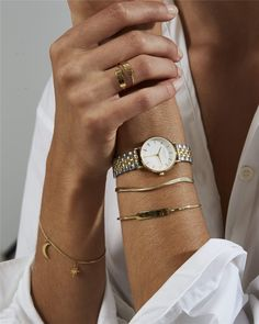 The small edit white steel silver gold duo rosefield women's watches & jewelry official website. Silver Color, Black Silver, White Gold, Armband Rosegold, Gold And Silver Watch, Vintage Gold Watch, Mesh Armband, Gold Watches Women, Ladies Watches