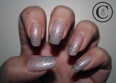 Thulian In Wonderland: Snowy nails. China glaze Frosty + Models own Juicy Jules