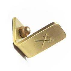 WALL HOOK / Brass / Small