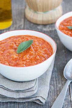 Pappa al pomodoro toscana Chowder Recipes, Soup Recipes, Vegetarian Recipes, Tuscan Recipes, Italian Recipes, Beef Tagine, Wine Recipes, Cooking Recipes, Food Design