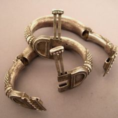 """Here the way these bracelets open...  www.halter-ethnic.com...see """"My Lucky Finds"""""""
