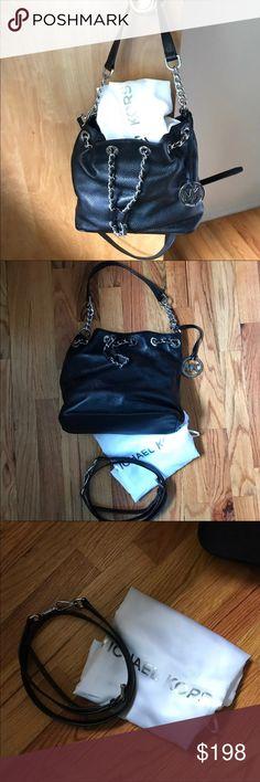 604c54acb48b69 Michael Kors Medium Frankie Bucket Bag Purse Michael Kors. Medium Frankie  bucket bag. Drawstring