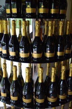Wine tour Italy - Amarone and Prosecco wine tours Prosecco, Wine Rack, Tours, Italy, Bottle Rack, Italia, Wine Racks