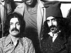 captain beefheart + frank zappa, is that Ike standing right behind them? methinks so ;-)