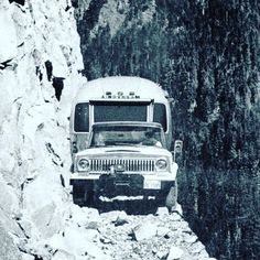 """A Jeep & an Airstream, of course:-) """"They wouldn't listen when they were told not to try to pull a trailer over the… Van 4x4, Dangerous Roads, Offroader, Airstream Trailers, Airstream Decor, Airstream Interior, Vintage Airstream, Camping Trailers, Travel Trailers"""