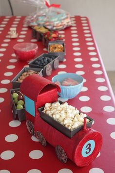 Can make the train engine by using a coffee can, small cardboard box, and mode l. Can make the train engine by using a coffee can, small cardboard box, and mode lodge some tissue paper. Thomas The Train Birthday Party, Trains Birthday Party, Train Party, 3rd Birthday Parties, Boy Birthday, Birthday Ideas, Zug Party, Party Time, Decoration