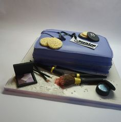 Makeup!  Cake by Diletta Contaldo