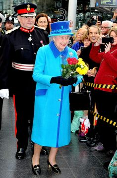 Queen Elizabeth II arrives at Manchester Picadilly train station on November 14, 2013 in Manchester, England