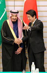 サウジ皇太子来日、原子力交渉加速へ 首相と会談、協力を確認:朝日新聞デジタル