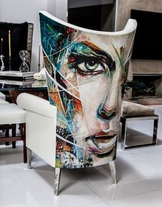"Chair Art! Interior Designer Cachel Rupp from ""Coveted Quarters"" use here the artwork og Denny O´Connor"