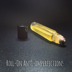 Un Roll-on anti-imperfections HomeMade Anti Imperfection, Rhassoul, Light Bulb, Im Not Perfect, Rolls, Homemade, Diy, Cosmetics, Cleanser