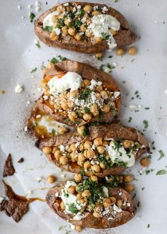 Slow Roasted Sweet Potatoes with Spicy Garlic Chickpeas and Blue Cheese Sauce. - How Sweet Eats Side Dish Recipes, Healthy Dinner Recipes, Vegetarian Recipes, Meal Recipes, Healthy Foods, Side Dishes, Healthy Eating, Lunches And Dinners, Vegetarische Rezepte