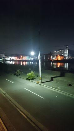 No.049 / ©kimiyuka / dahon visc.p20 2015年式 / 鳴門市の岡崎海岸で撮影しました。後ろには大鳴門橋が見えます。高原のようですが、こちらも岡崎海岸での撮影です。とにかく天気が良かった。夜の写真は鳴門市の撫養川沿いのアパートから撮影。川に写った街灯のが綺麗だったので思わず撮影しました。全てXperia z1fでの撮影です。