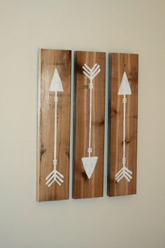 Rustic Reclaimed Wooden Arrows White, 3 Piece Set, Rustic Nursery Decor, Primitive Wooden Arrows, Gallery Wall, Painted Arrow Set