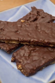 Homemade Chocolate Dipped Granola Bars